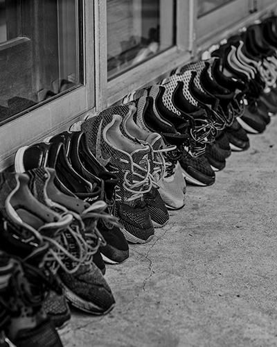 選手の靴が並べられている